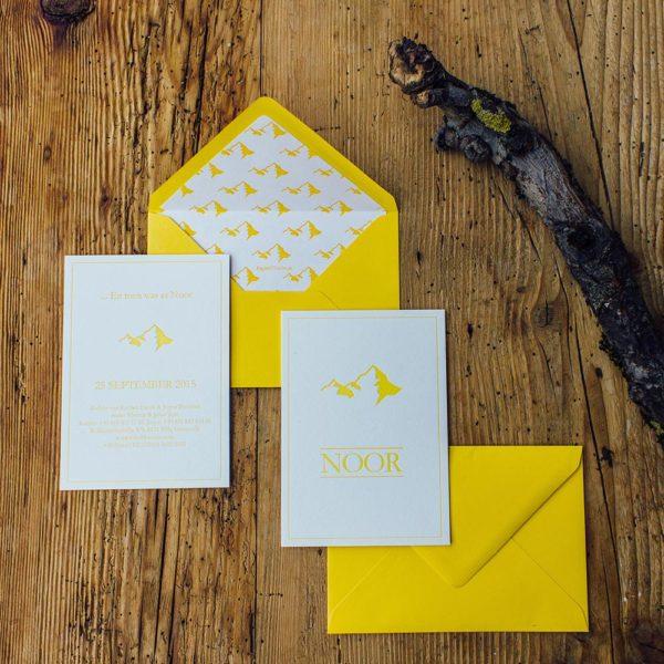 envelope-liner-berge-gelb-letterpress