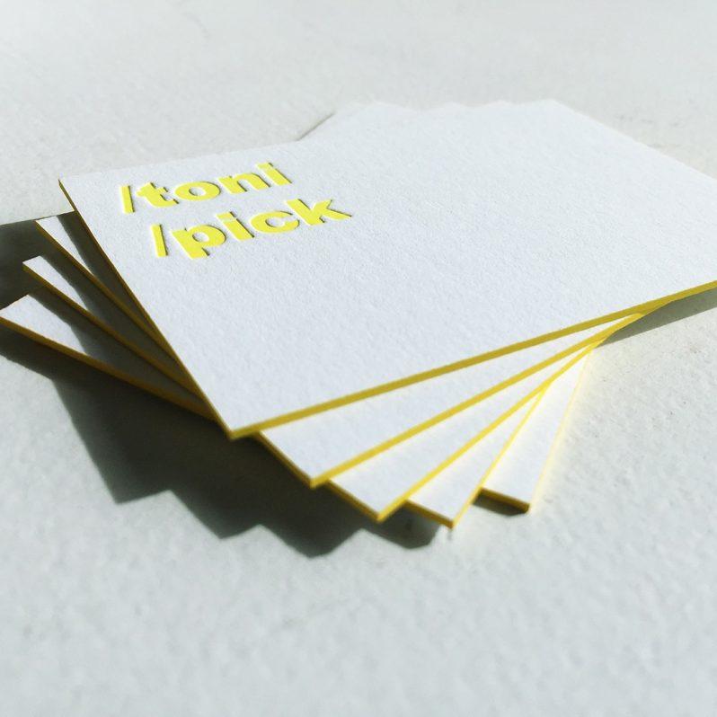 Letterpress-Visitenkarten in Neon-Gelb