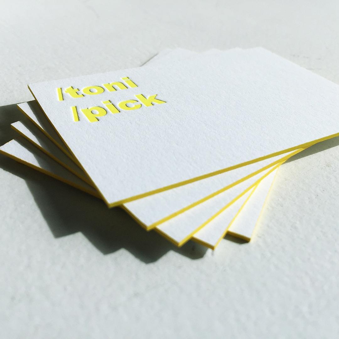 Letterpress Visitenkarten In Neon Gelb Mit Farbschnitt
