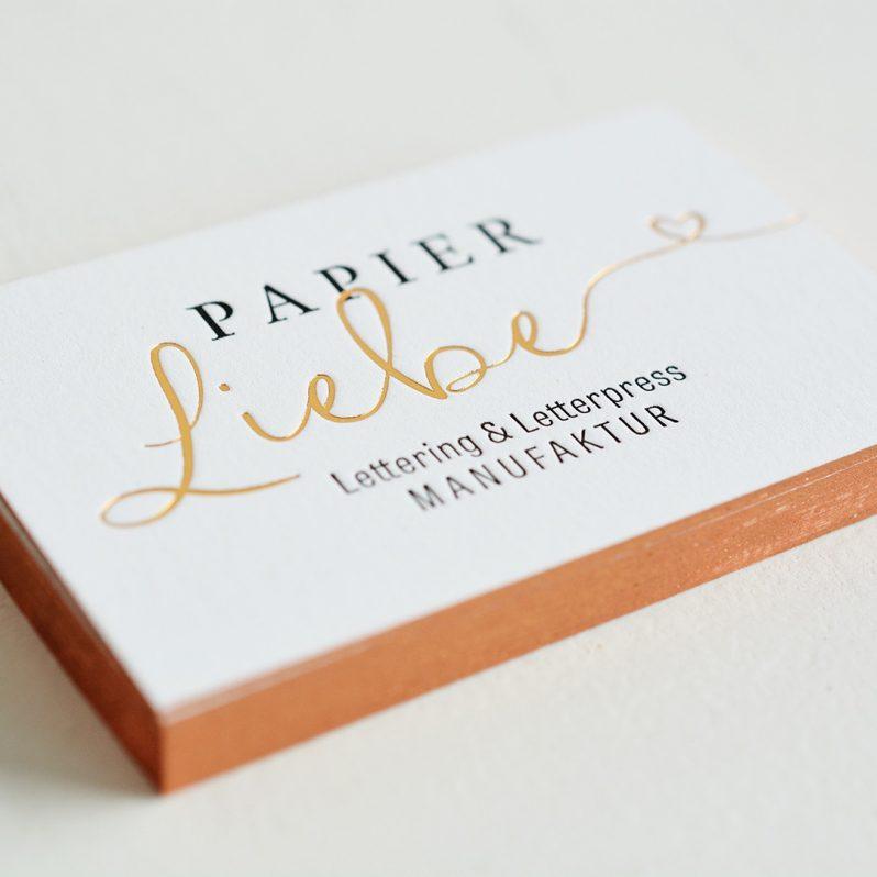 Papier♡Liebe-Visitenkarten mit Letterpress, Heißfolieprägung und Farbschnitt