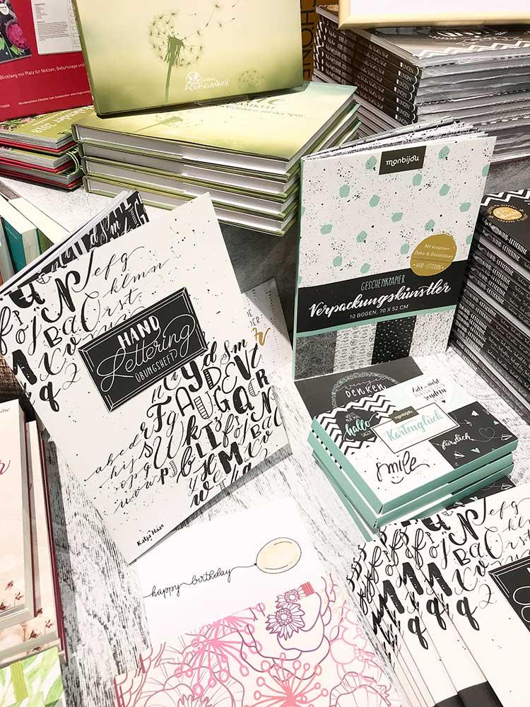 papierliebe-handlettering-frankfurter-buchmesse-verpackungskuenstler-kartenglueck