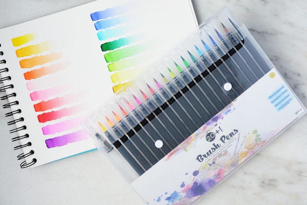 woohoo4u-brush-pens-watercolor-set