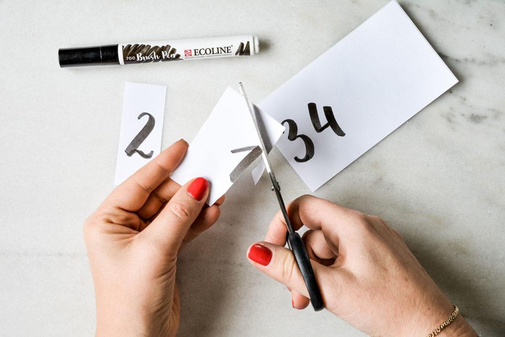 Adventkranz –Lettering-Zahlen ausschreiden