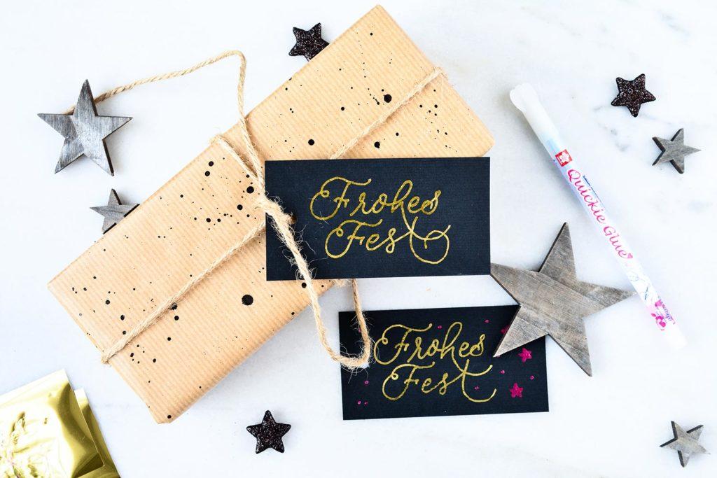 Frohes Fest Geschenkanhänger mit Goldfolie